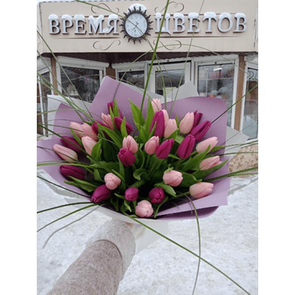 """Тюльпаны """"В крафте - 25 шт"""""""
